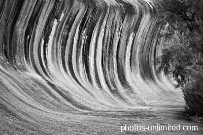 2-13-wave-rock-australia