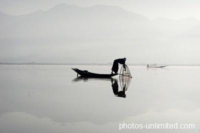 6-19-fisherman-on-inle-lake