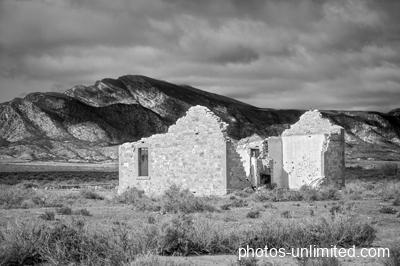 7-13-house-ruins-australia