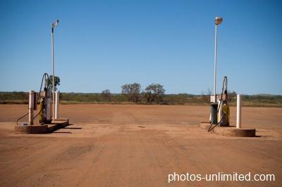 7-24-gas-station-australia