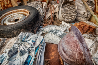 8-22-still-life-with-helmet-and-tyre
